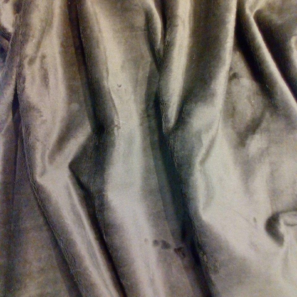 semiš hnědý s chloupkem