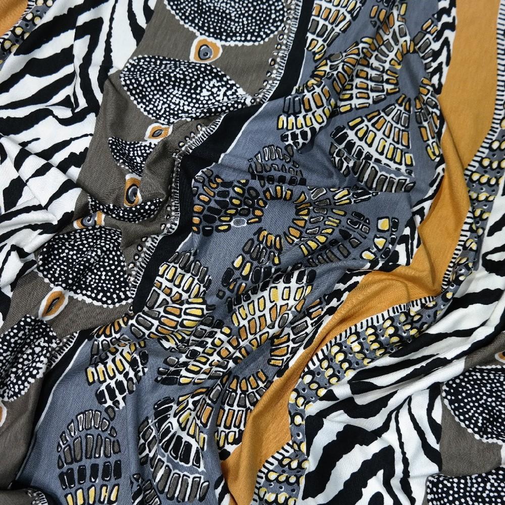 Úplet africké vzory