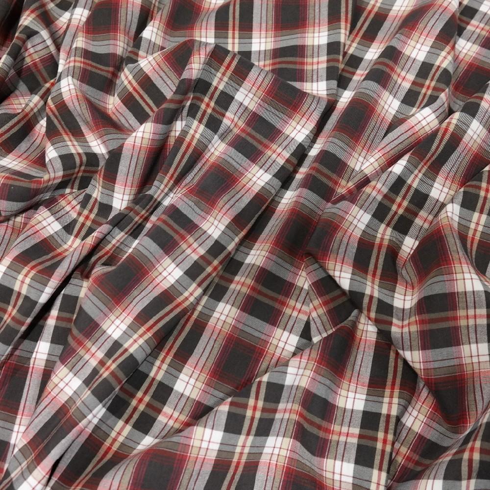 Košilovka červenočerná kostka