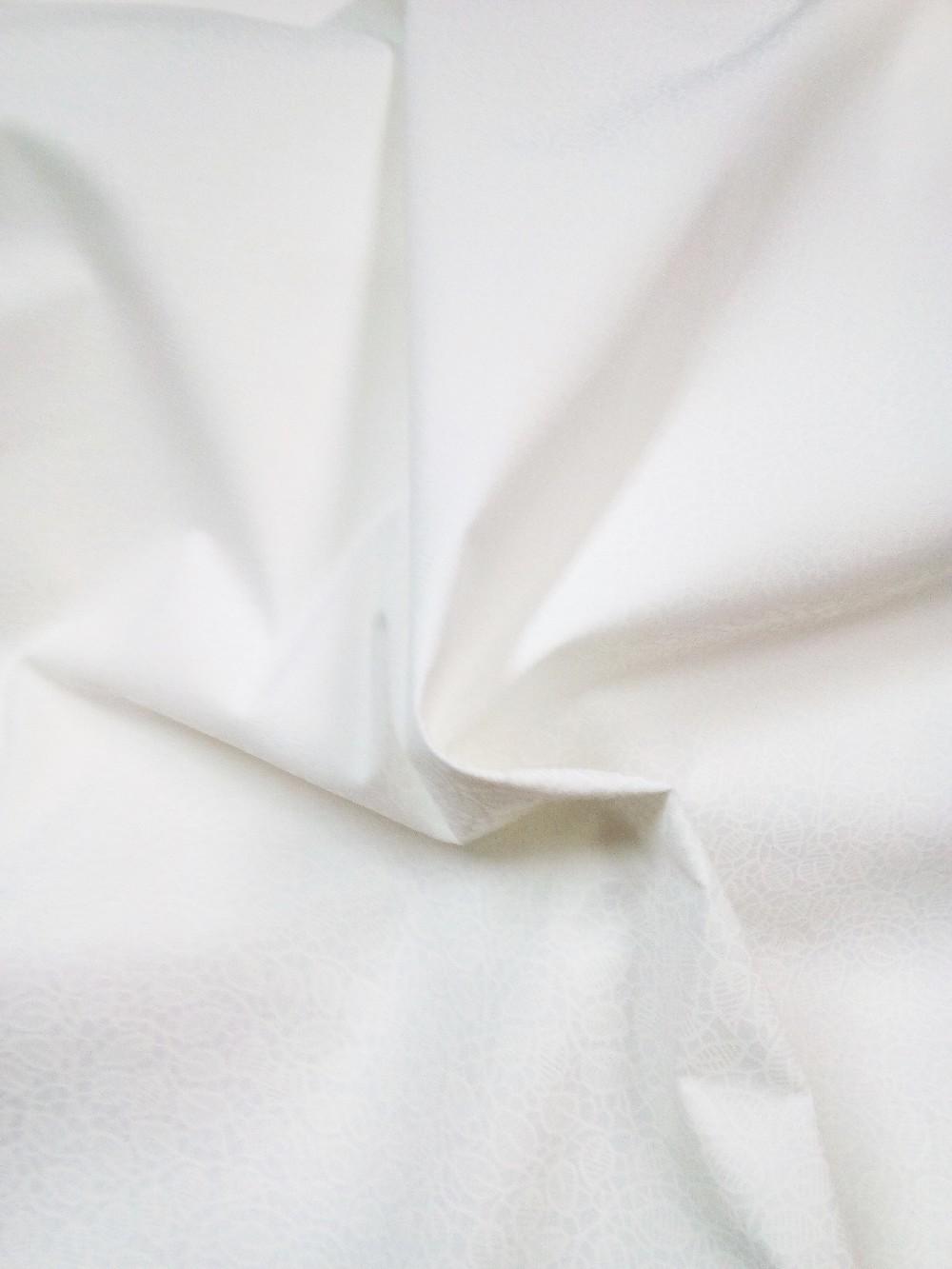 bavlna bílá tištěné vytl.vzor 140
