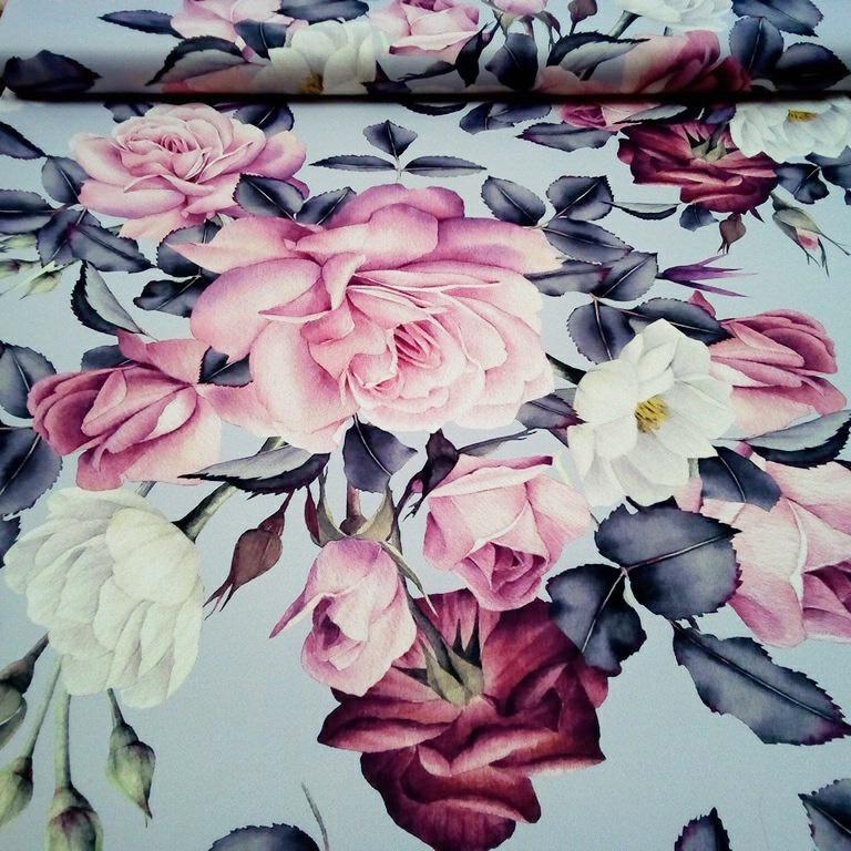 black our růže na šedé