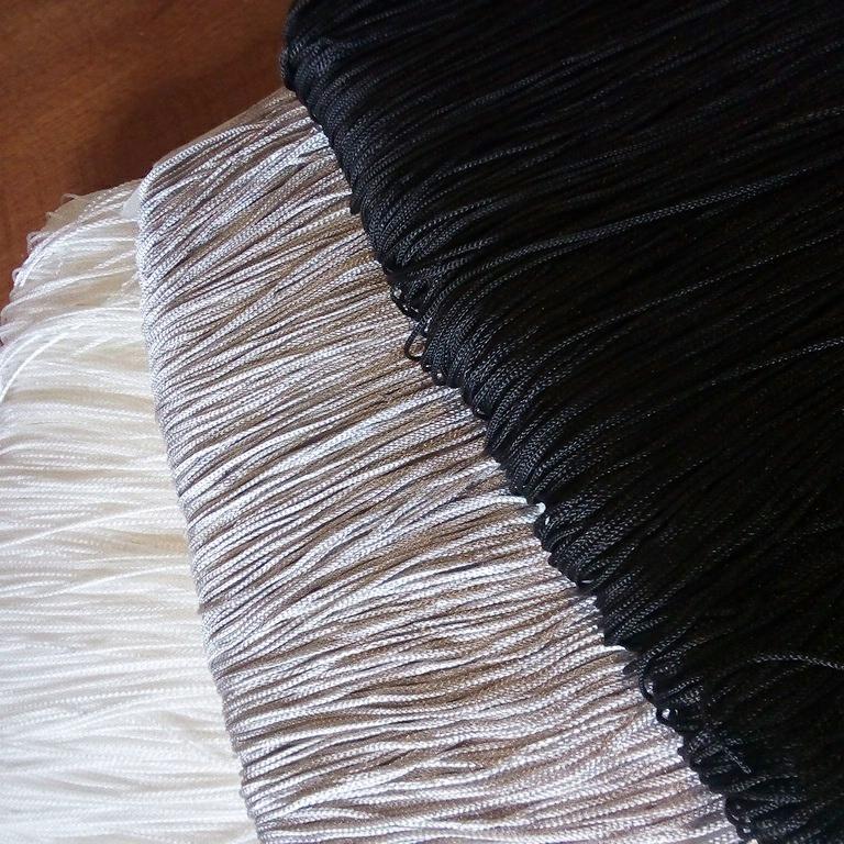 záclona hotová Eu třásně  90x200 cm