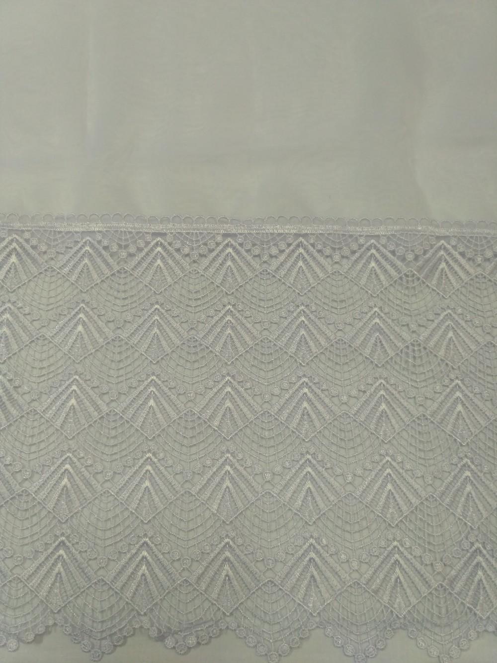 záclona hotová 170 x 355 cm