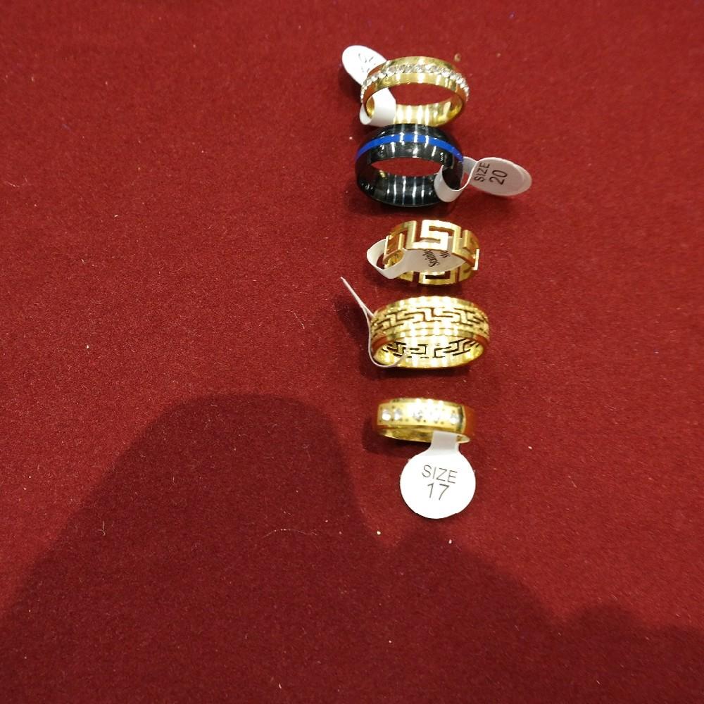 prstýnky  bižuterie