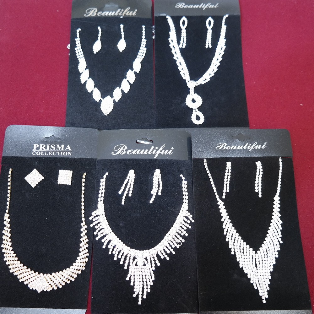 sada náhrdelník+náušnice