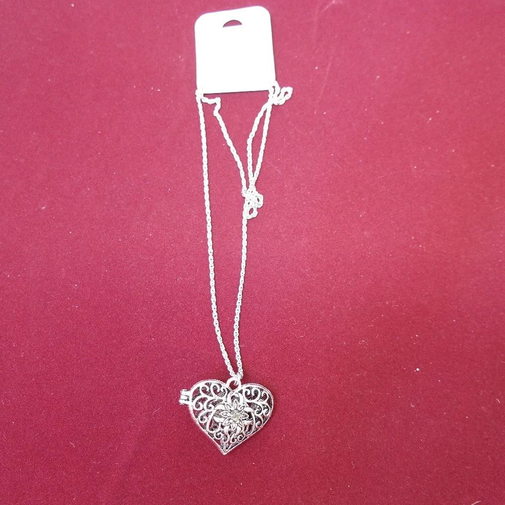 náhrdelník srdce s magnetem