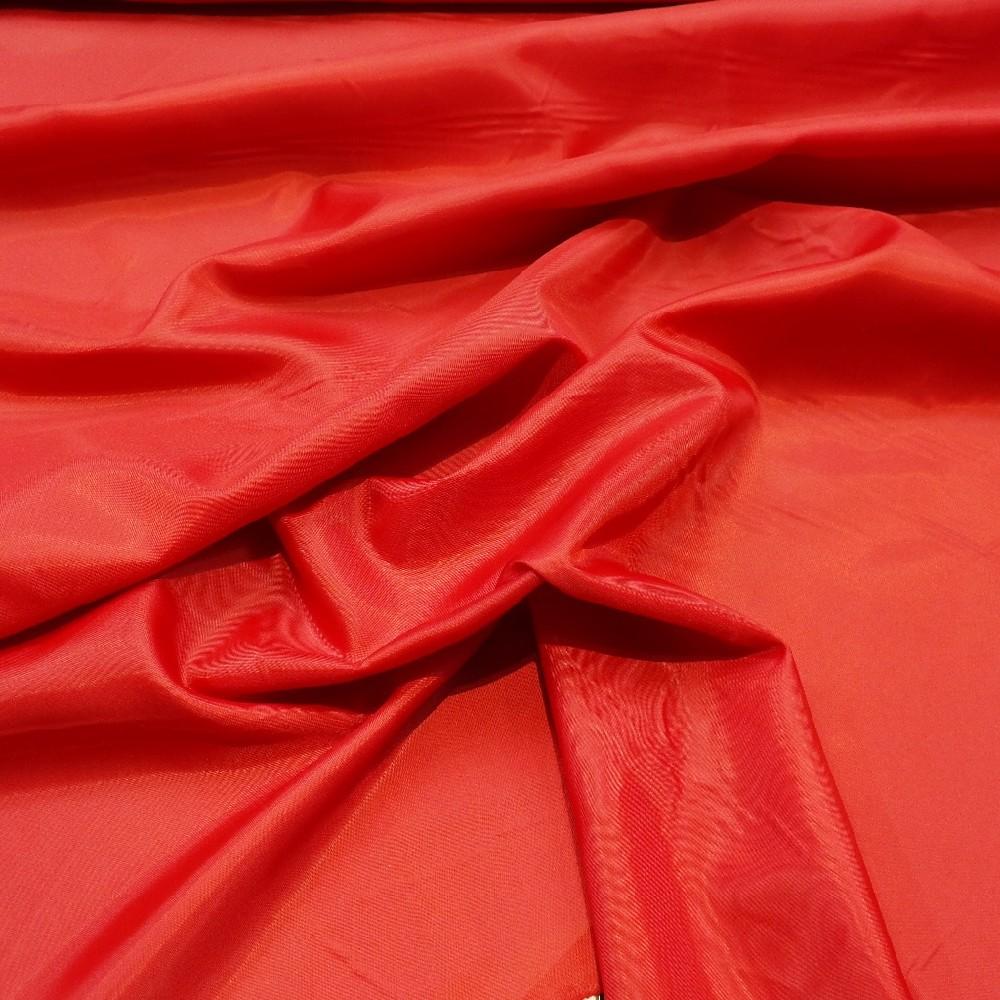 podšívka červená