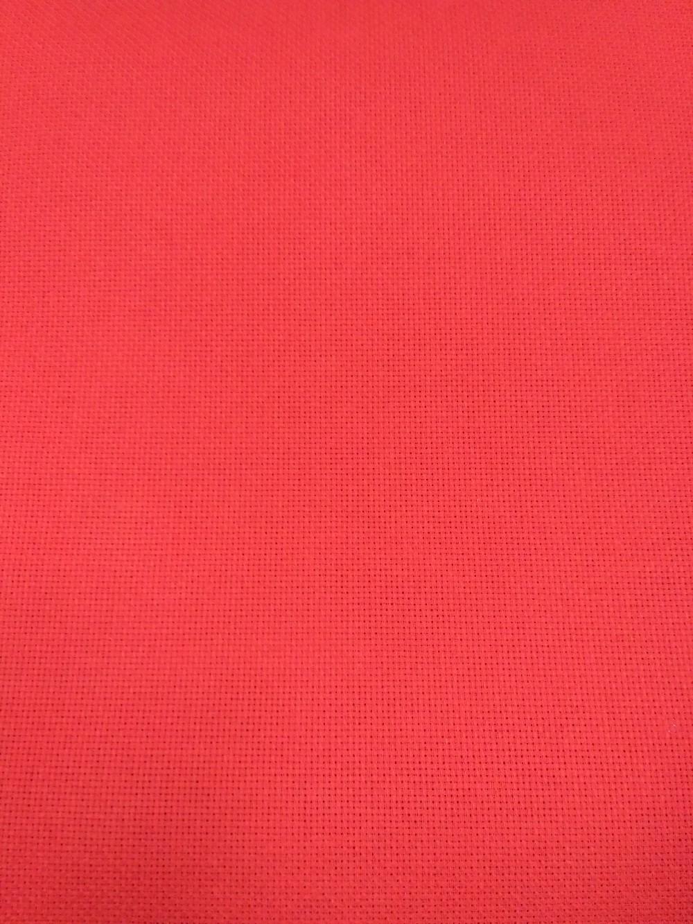 panama červená