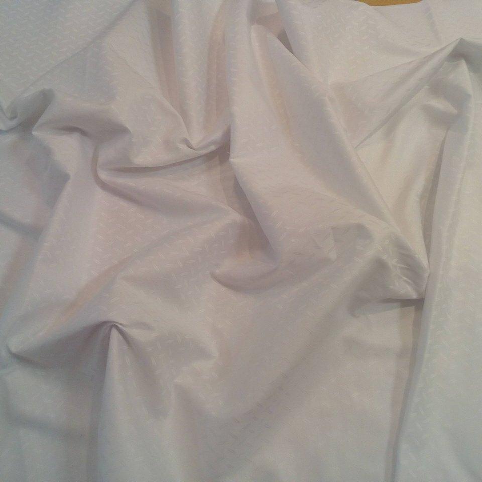 Bavlna bílá bohema š.142
