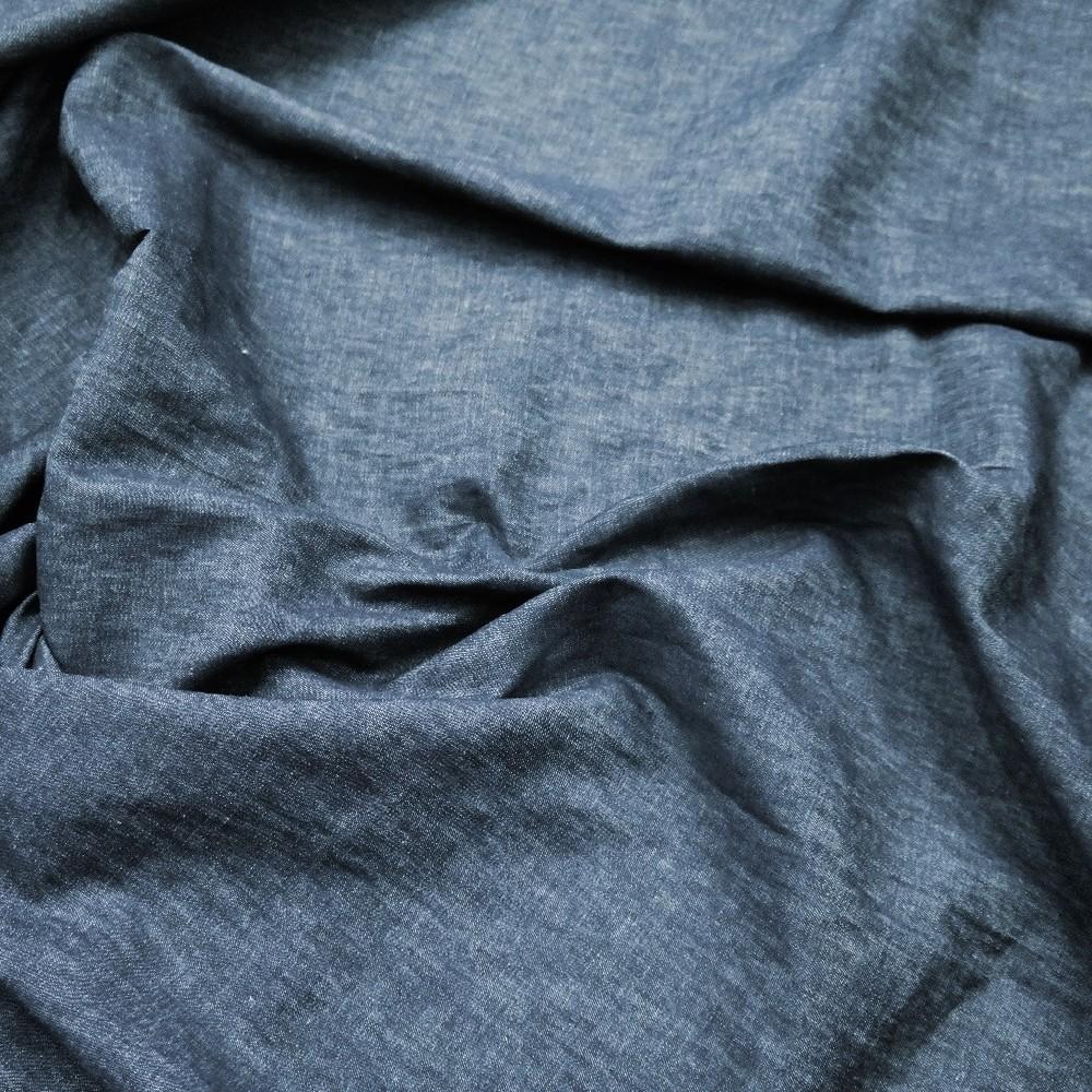 satén šedý