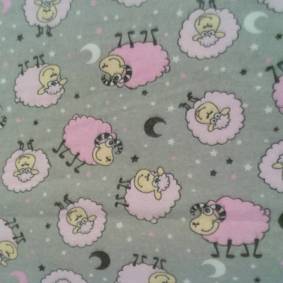 Flanel šedý růžové ovce