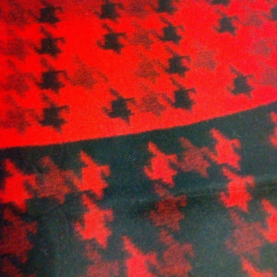 flauš červeno-černý