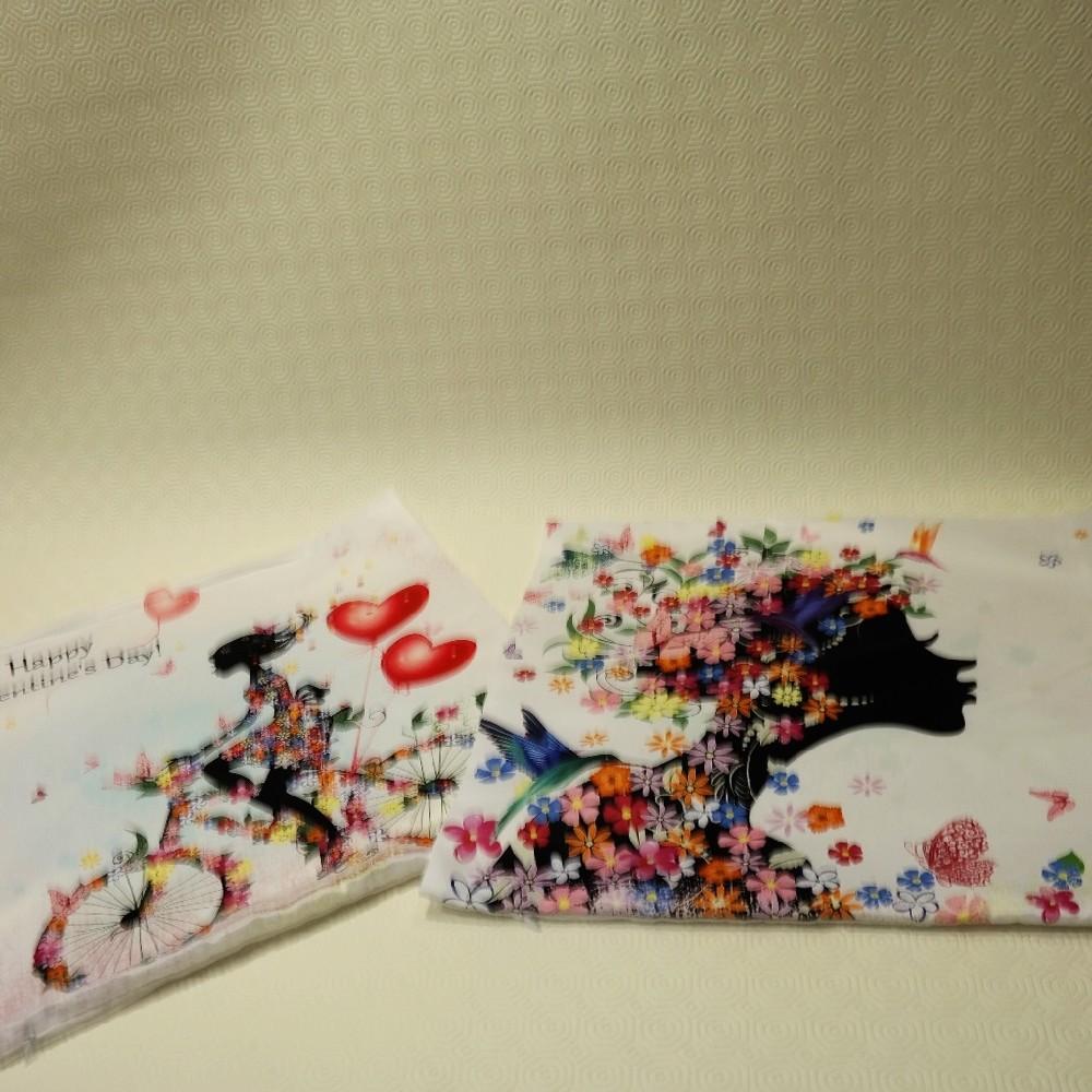 povlak dívka s květy