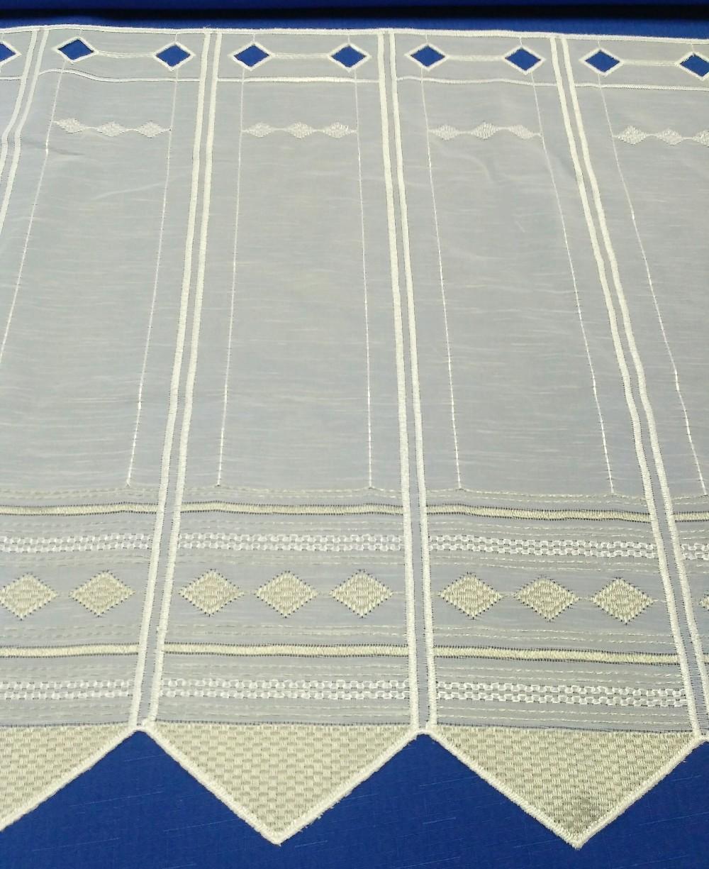 záclona ve 45 cm
