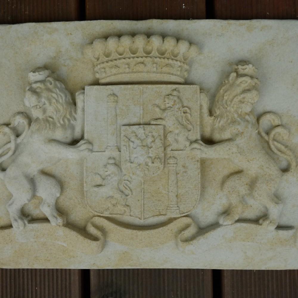 pískovec erb lvy