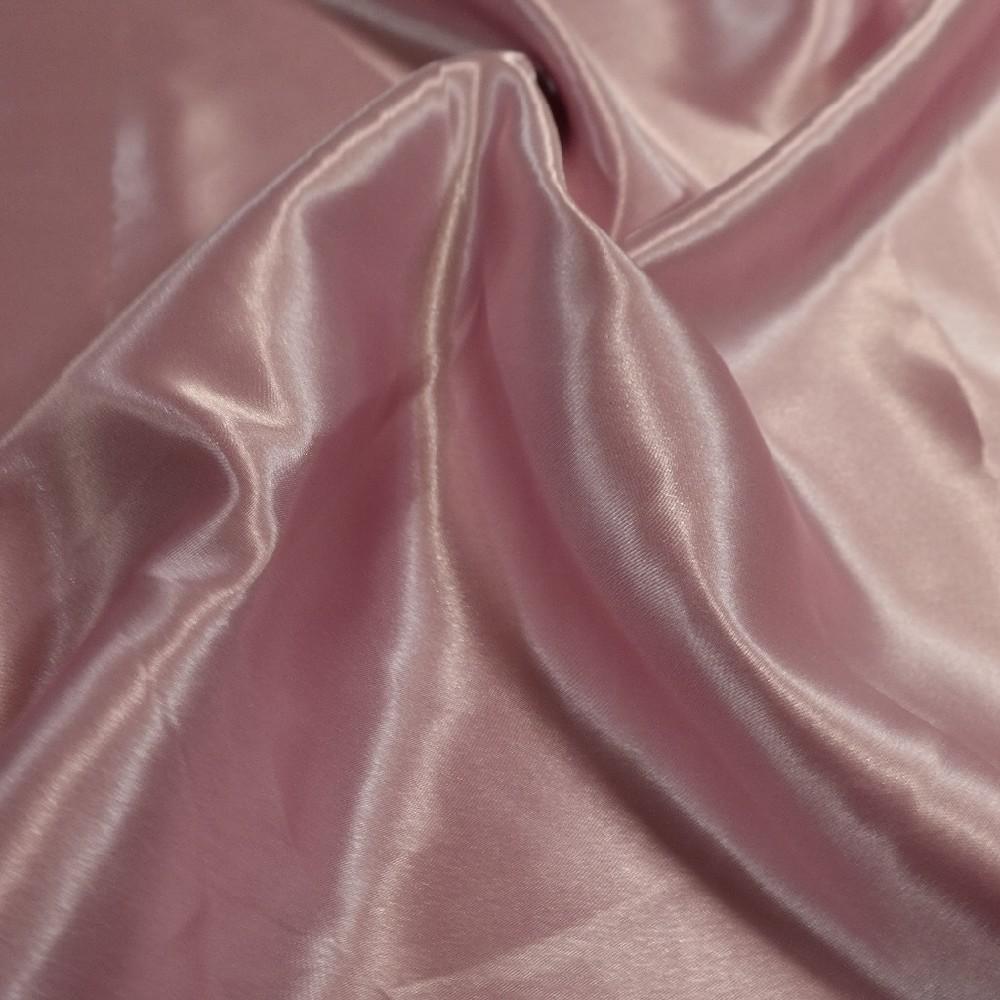 satén růžový