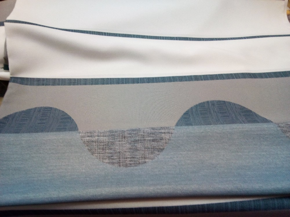 záclona Un 6542 smetanovošedopetrolejový pruh vzor š.140cm
