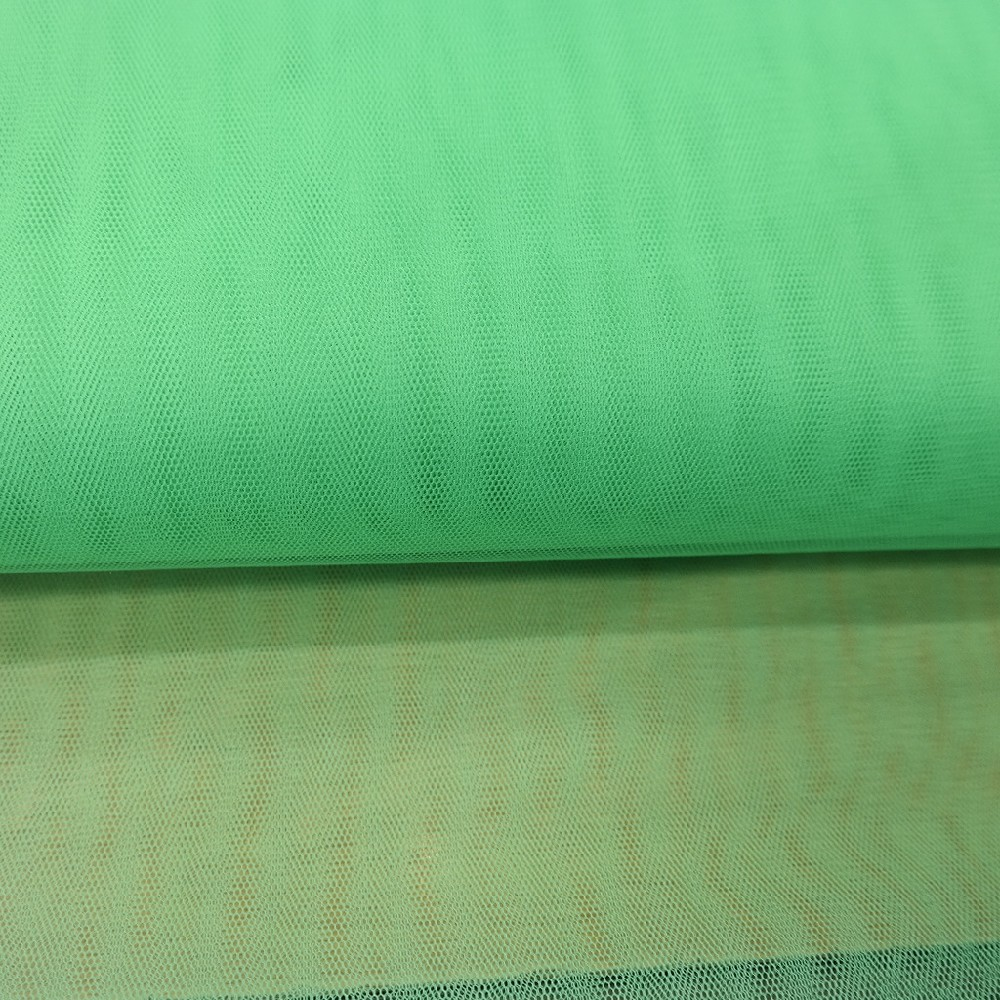 tyl zelený