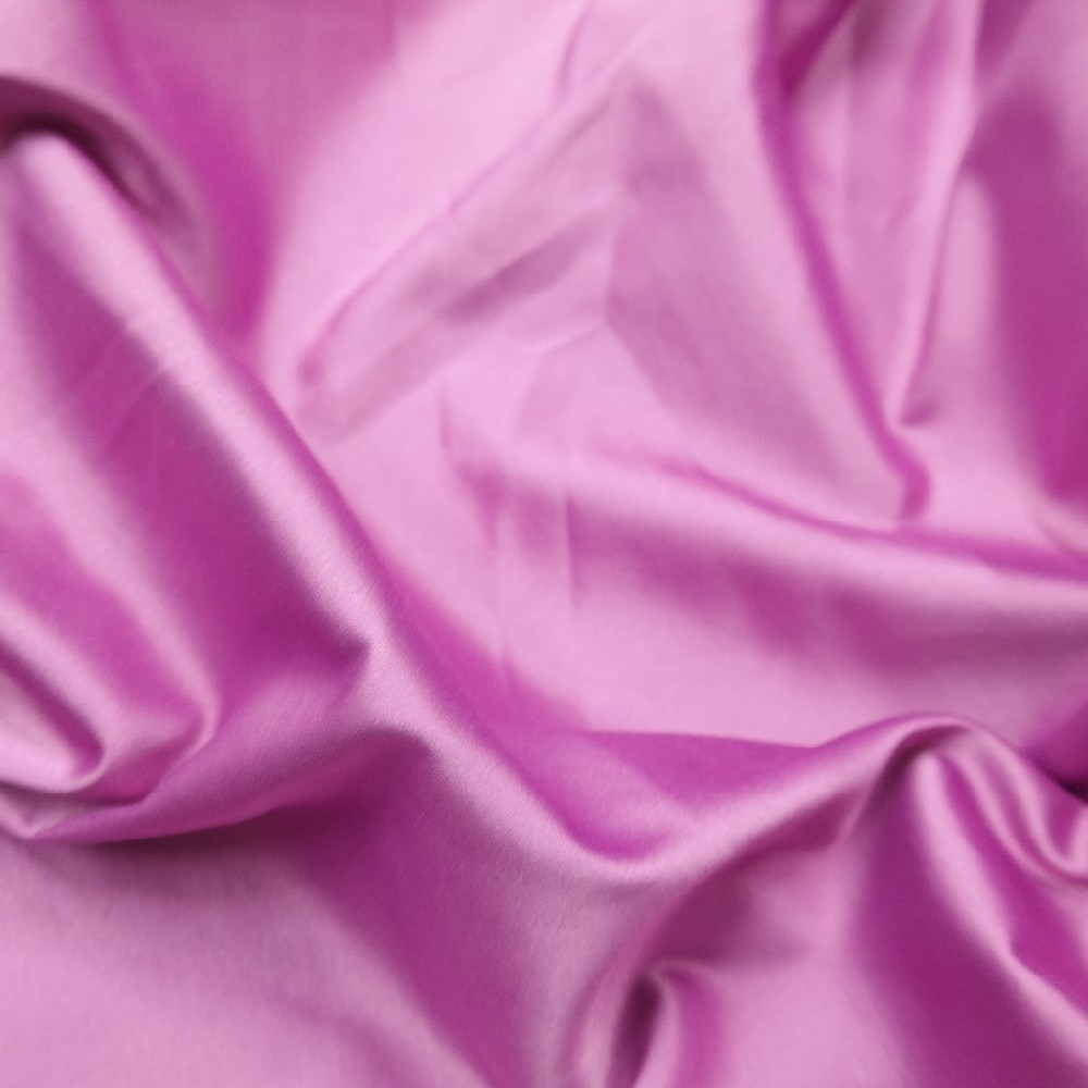 satén purpurový silnější