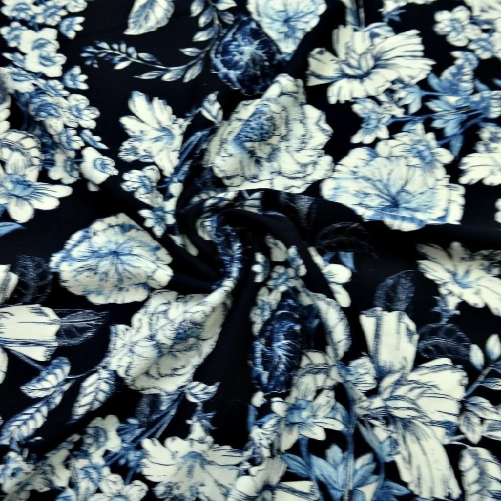 úplet tm.modrý,bílomodré květy