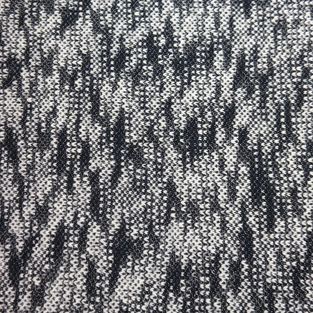 svetrovina černo-bílá