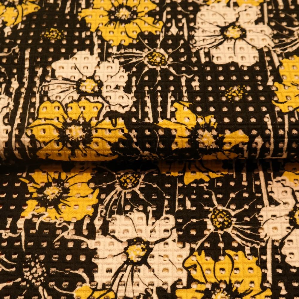 madeirea černo-žlutá