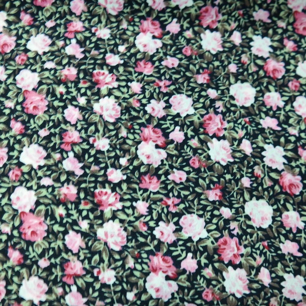 šatovka černá,sv.tm.růž.malé květy