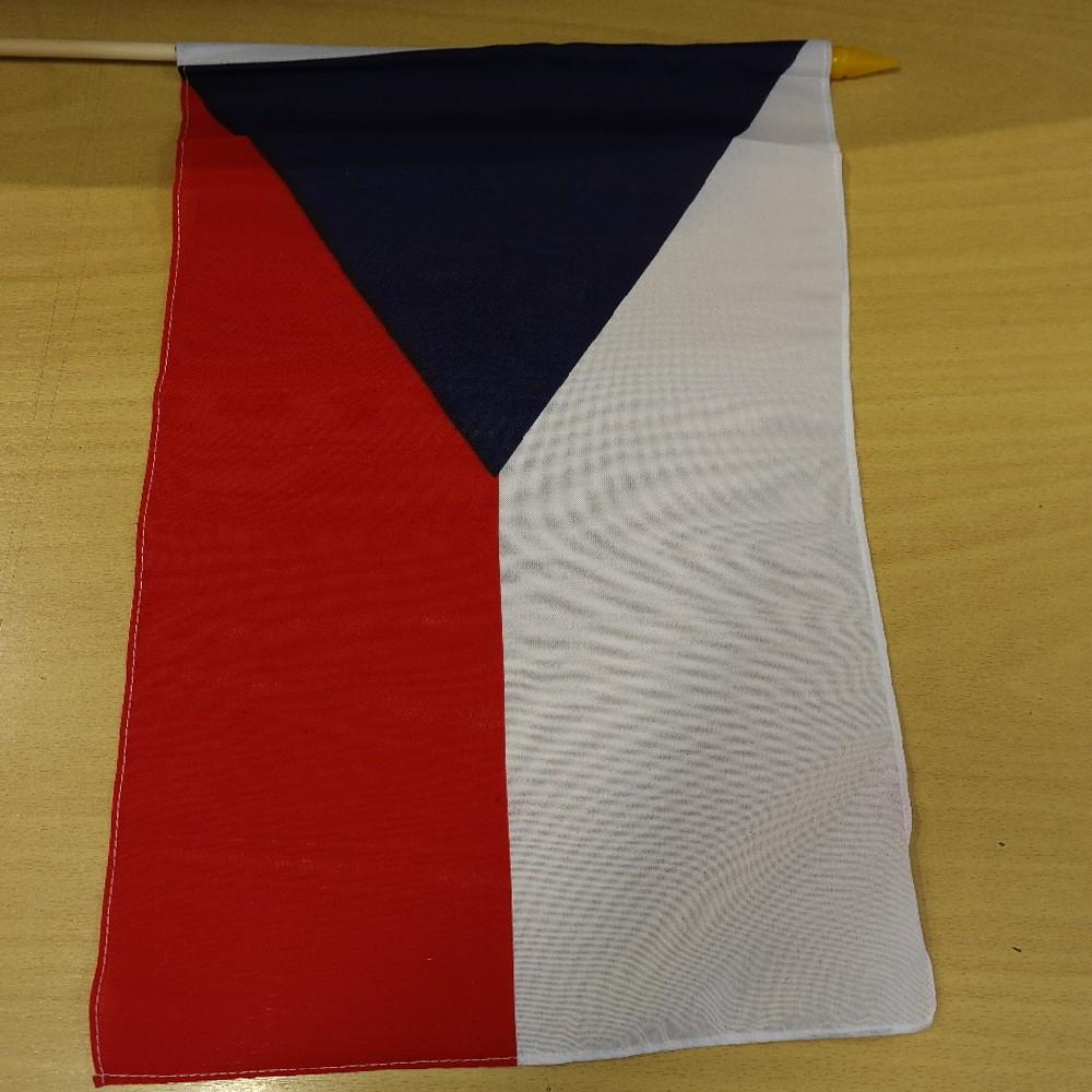 vlajka ČR na tyči 20x30cm