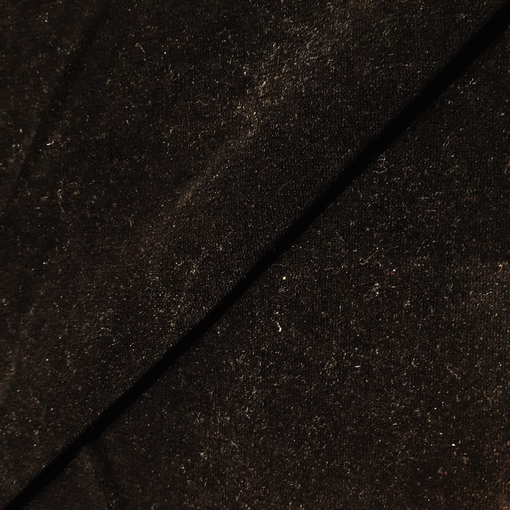 pot. samet černý