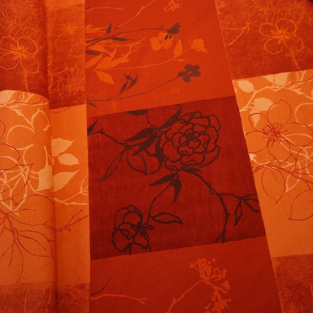 pot. terakota-oranžová kostka květ