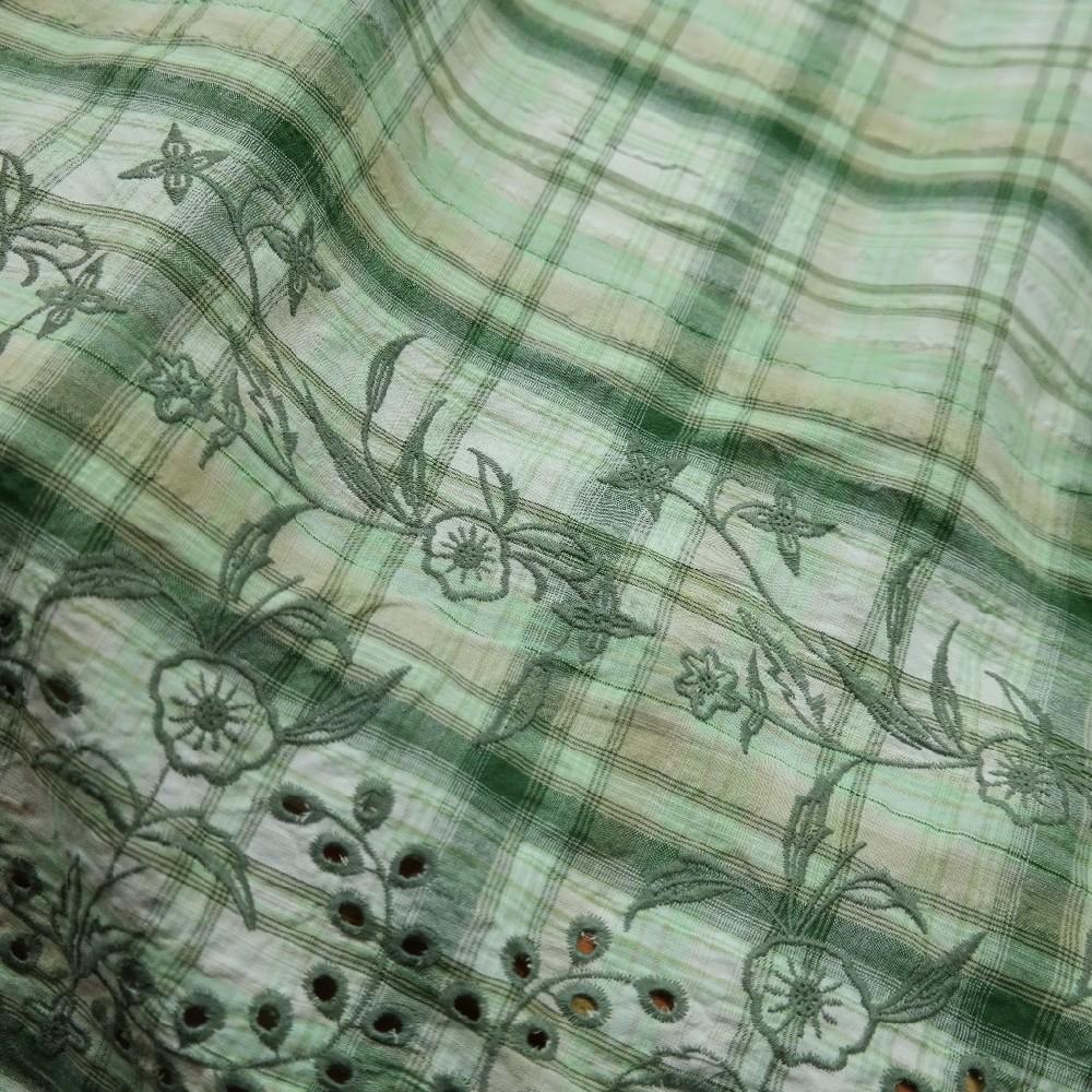 bavlna crash vyšívaná zel kytička ba/ps