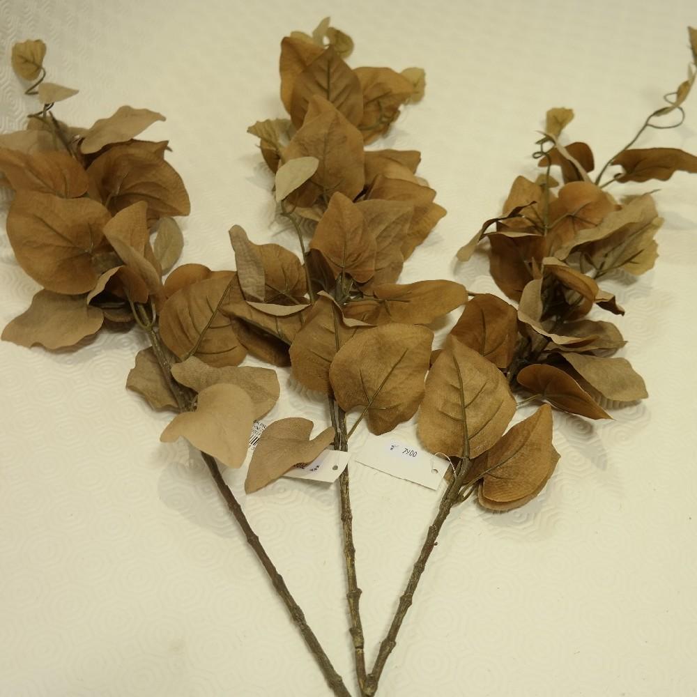 květina umělá listy