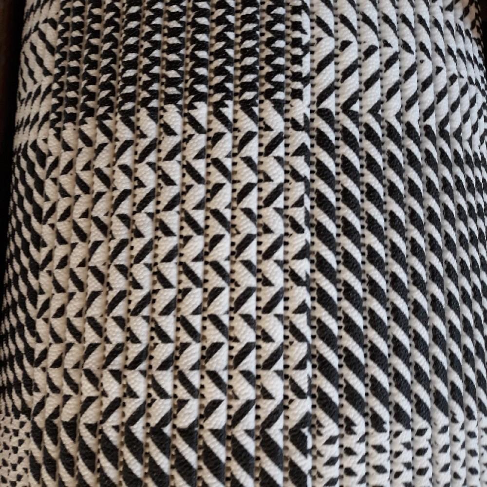 soft š.130 černobílé kostky