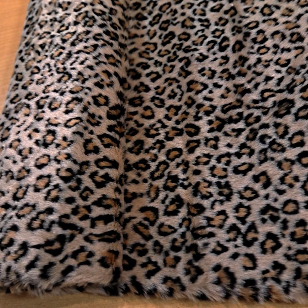 plyš vzor gepard