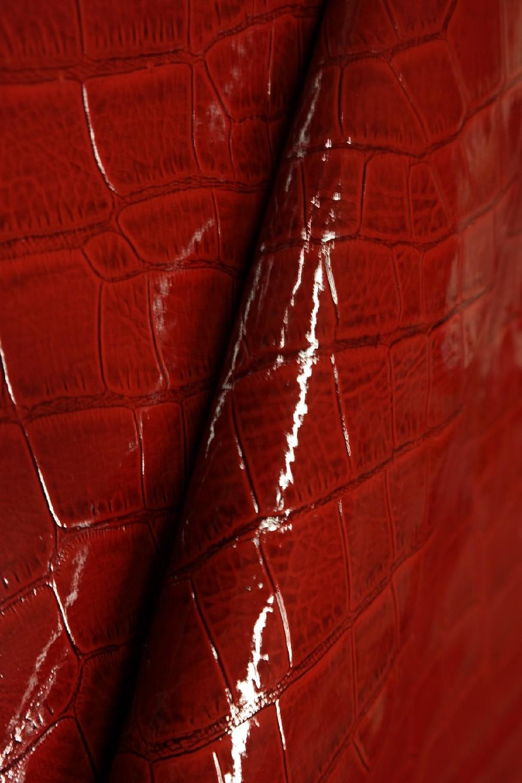koženka bordo hroší kůže lesk