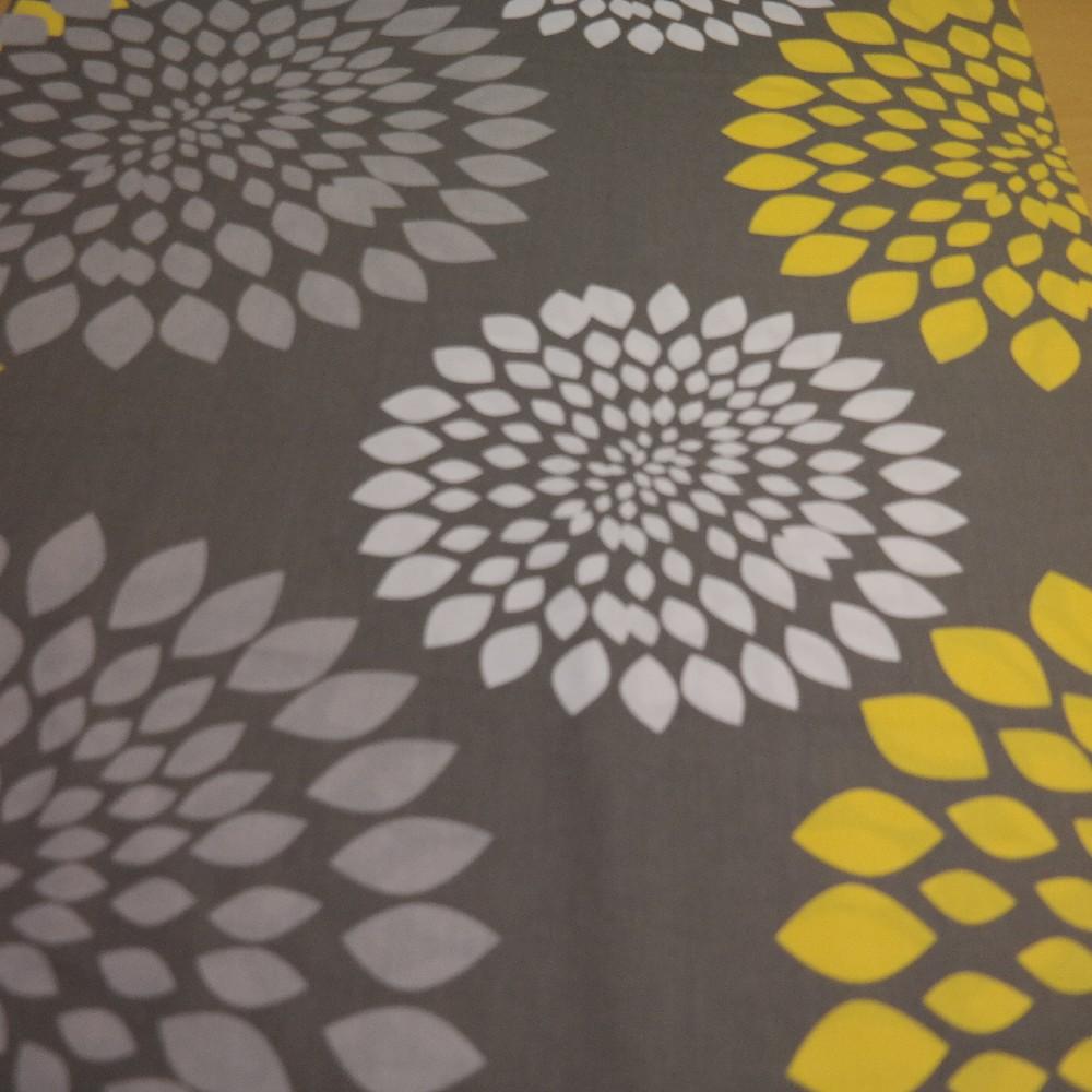 bavlna žluto/bílo/šedé květy