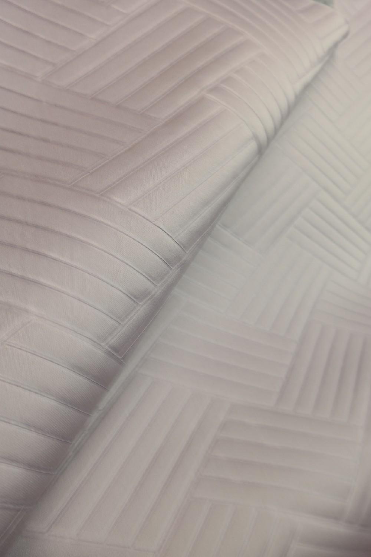 lamino šedé s lichodélníky