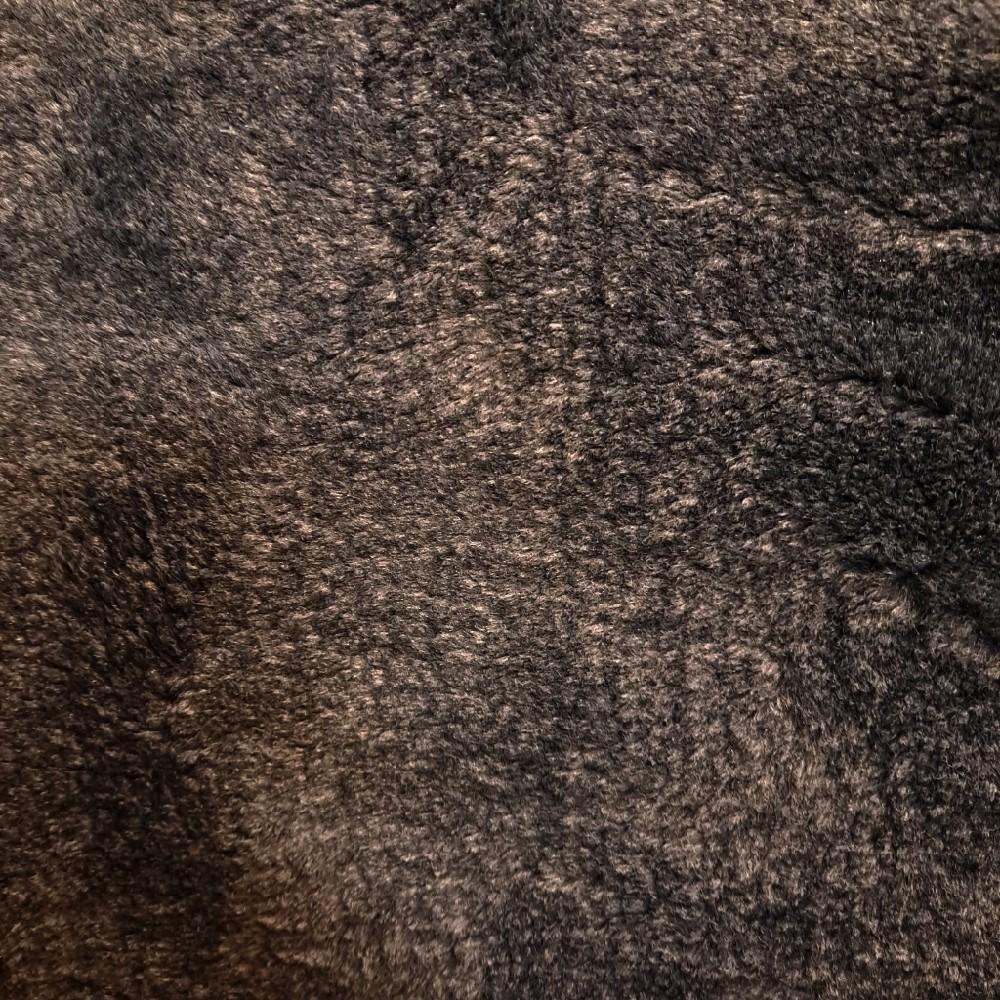 plyš šedý teran 989 š.150
