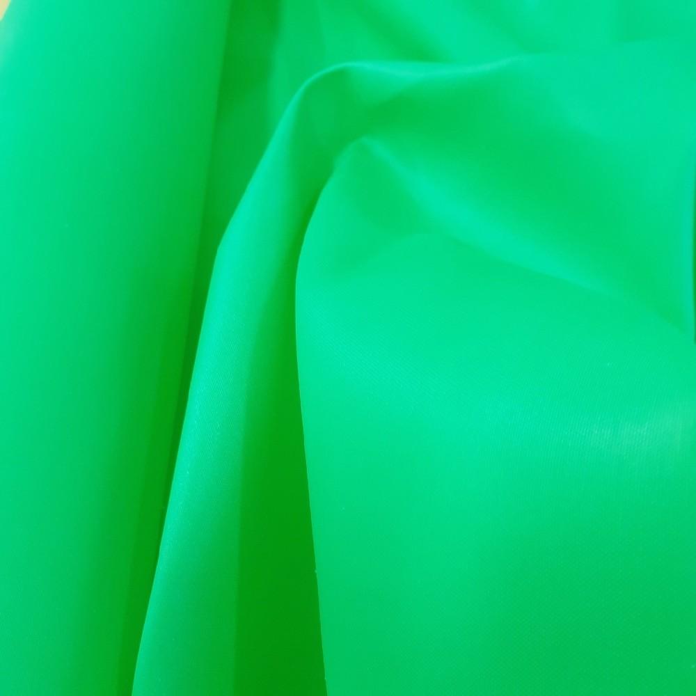 batohovina jarní zelená š.134 cm