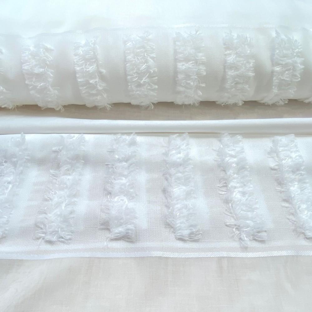 dekoračka bílá ozdobný pruh 152cm