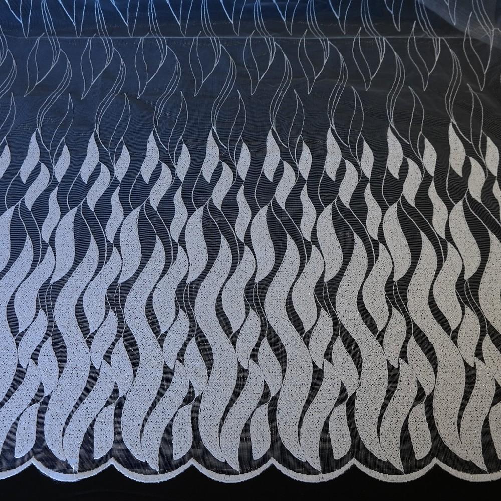 záclona Ma 643/601/130 voál vyšívané vlnky