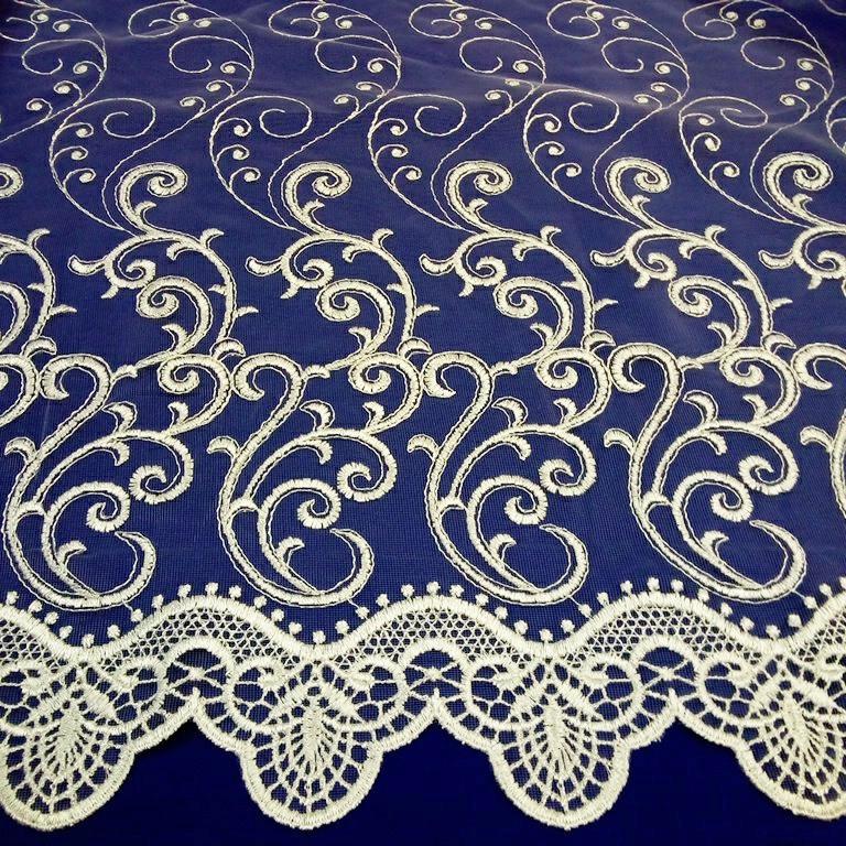 záclona vyšívaná 280 cm