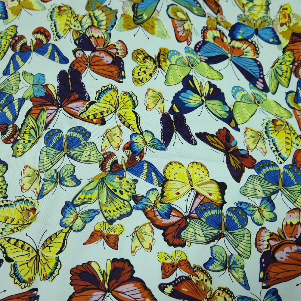 bavlna barevný motýlci 150 cm