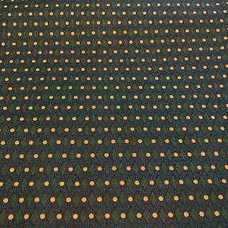 bavlna zeleno žlutý puntík  110 cm