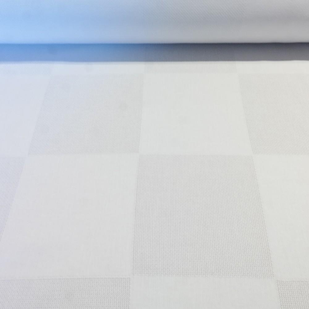 panava bílá kostky