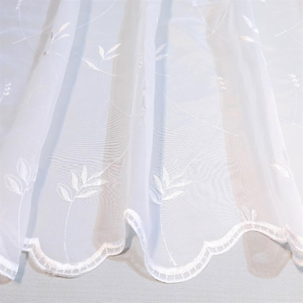záclona bílá, větvičky SZ 29-20412831-8T/180 1.jak.