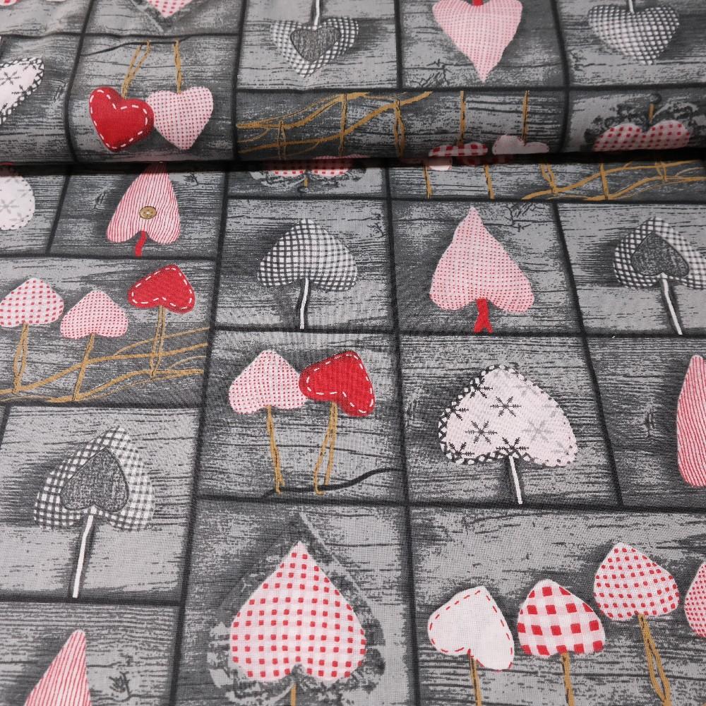 bavlna růžovo červené srdce na šedém pokladě 160 cm