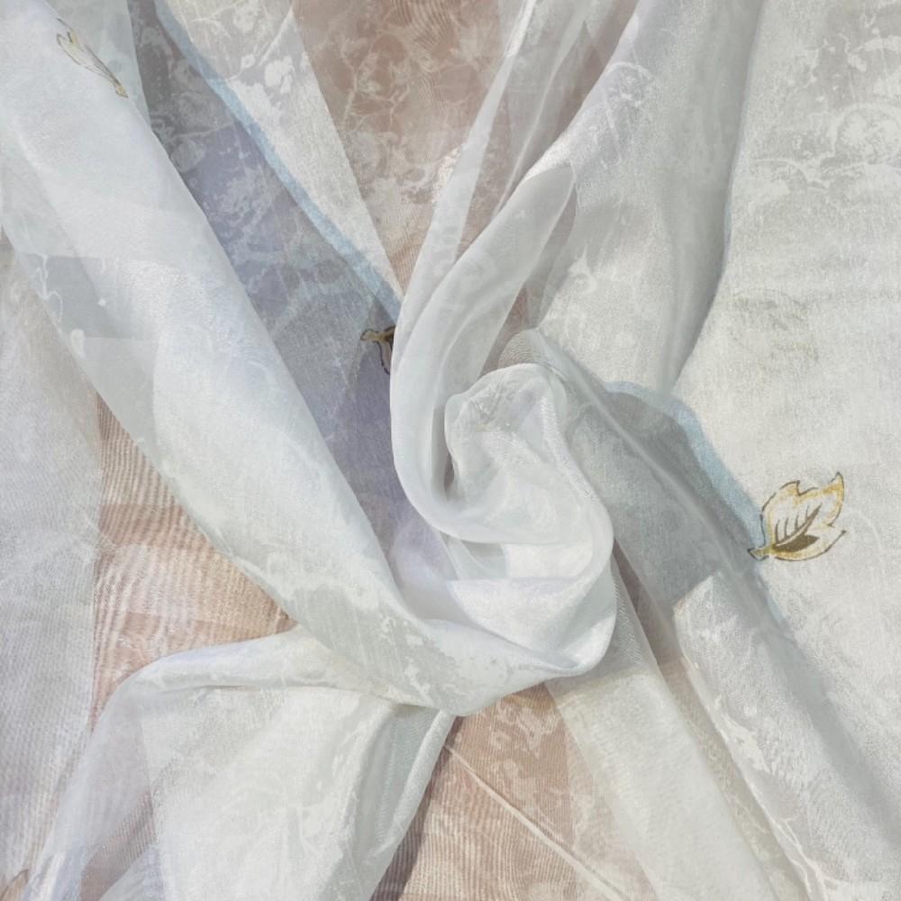 záclona voál š.150 bílá s lístečkami