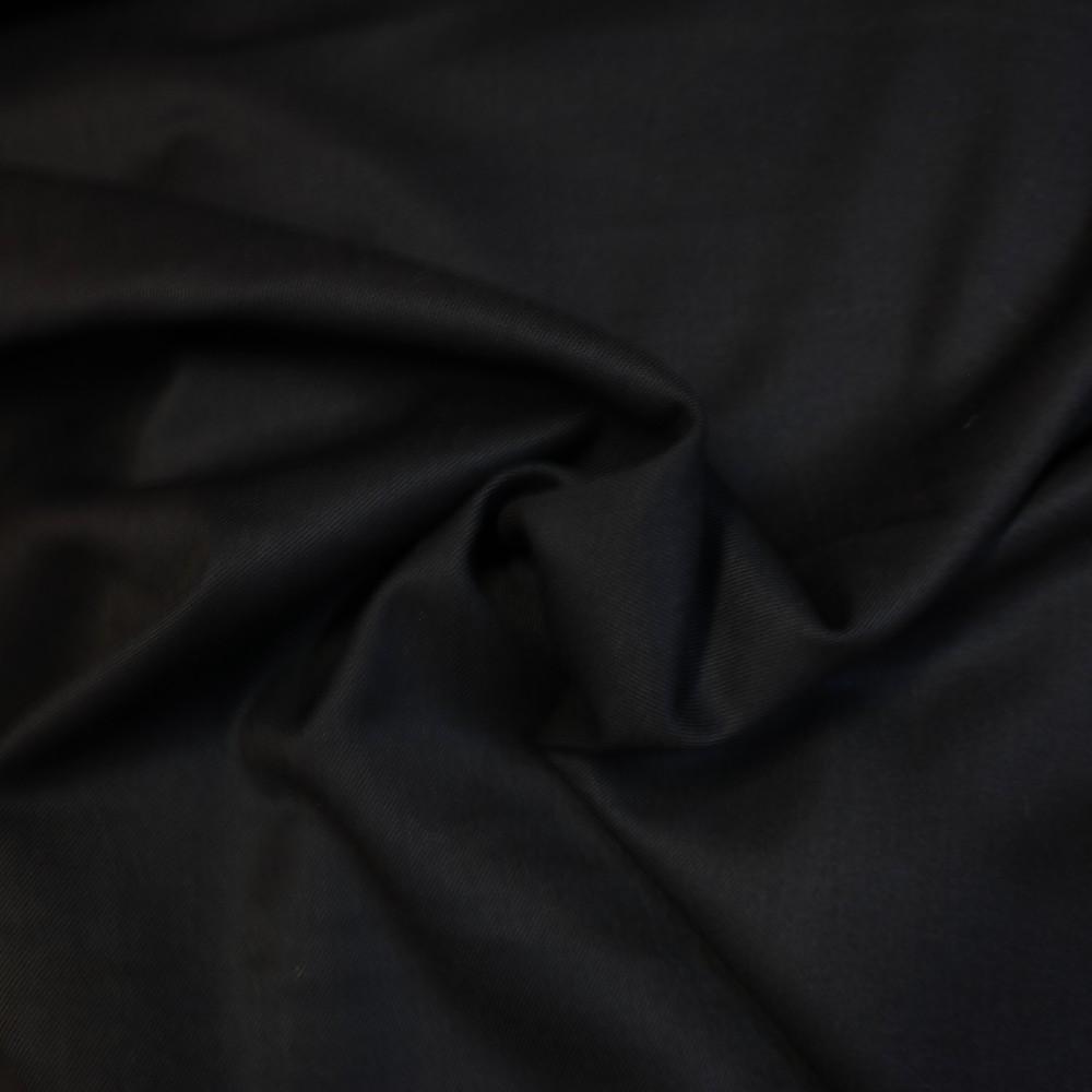oblekovka černá