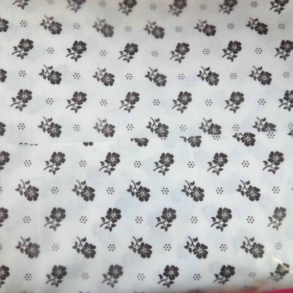 bavlna hnědé kytíčky na bílém podkladě 140 cm